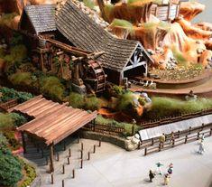Working Splash MountainModel - Imagineering Disney -