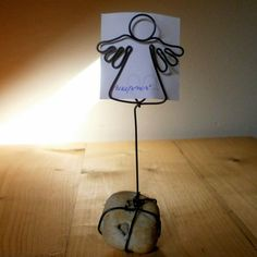 Wire Art, Table Lamp, Home Appliances, Cool Stuff, Projects, Handmade, Angeles, Rocks, Crafting