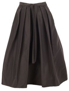 Black skirt glamour!