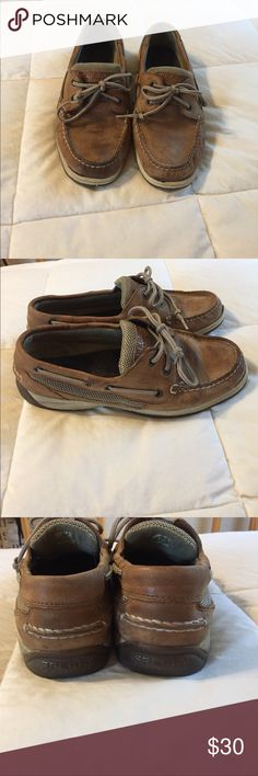 Sperry Top Sider Boat Shoes In great condition. Worn a few times. Coming from a Smoke Free/ Pet Free Home!! OFFERS WELCOME! Sperry Top-Sider Shoes Flats & Loafers
