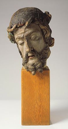 """Flanders, Unknown Artist, Head of Christ, early 1400s. Gessoed and painted wood, 11"""" x 7 5/8"""" x 8 3/8"""" (27.9 x 19.4 x 21.3 cm). © Albright-Knox Art Gallery, Buffalo, NY. (AK-800)"""