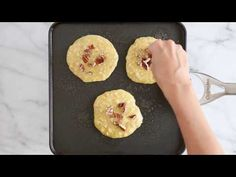 EASY, good-for-you pancakes, made with only FOUR ingredients, perfect to make anytime you need to whip up a quick breakfast! Ww Recipes, Low Calorie Recipes, Snack Recipes, Cooking Recipes, Skinnytaste Recipes, Free Recipes, Easter Dinner Recipes, Brunch Recipes, Breakfast Recipes