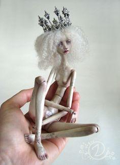 the best doll artist , still my favorite   Tireless Artist OOAK BJD Dirvolira