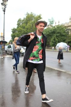 They Are Wearing: Paris Men's Fashion Week Spring 2015 - Slideshow Fashion Week Paris, Spring 2015 Fashion, Mens Fashion Week, Fashion Sale, Fashion News, Men's Fashion, Fashion Guide, Vintage Fashion, Fashion Fabric