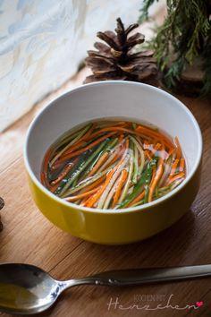 Asiatisch eingelegtes Gemüse