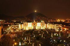 Lima-Plaza Mayor antes Plaza de Armas donde se encuentra la Municipalidad de Lima, La Catedral de Lima y Palacio de Gobierno