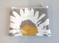 SOLD  Coin purse in grey with daisy pattern, ladies oilcloth change purse, card wallet, small zipped pouch by KernowClaire on Etsy