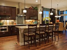 Transitional Kitchens from Berkeley Homes on HGTV