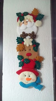 Navidad Felt Christmas Stockings, Christmas Clay, Christmas Time, Felt Ornaments, Diy Christmas Ornaments, Christmas Decorations, Holiday Decor, Xmas Crafts, Diy And Crafts