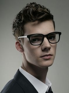 mens-curly-hairstyles-2012_21