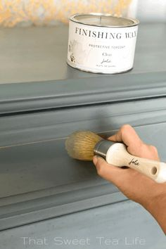 Using wax with Jolie paint Waxing Painted Furniture, Furniture Wax, Chalk Paint Furniture, Furniture Makeover, Furniture Design, Gray Chalk Paint, Chalk Paint Colors, Paint Colors For Home, White Chalk