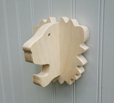 Wall hooks Lion wall hook: playful wooden lion от thejunglehook