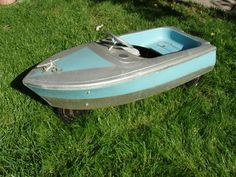 Vintage Pedal Car Boat...I'd like to make this a pettle boat for water