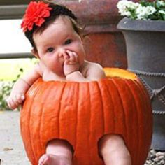 I'm gonna do this with my 4 month old Granddaughter!!  Cute;-)