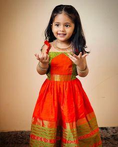 Girls Designer Dresses, Girls Dresses Sewing, Little Girl Dresses, Cotton Frocks For Kids, Kids Frocks, Indian Dresses For Kids, Kids Dress Collection, Baby Frock Pattern, Kids Blouse Designs