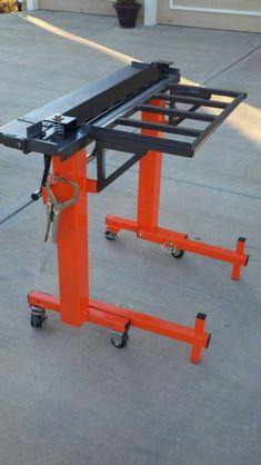 http://weldingweb.com/showthread.php?224901-Latest-Project-Sheet-Metal-Brake
