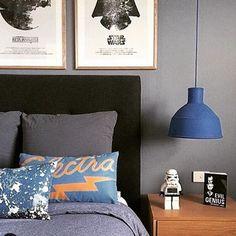 Para um quarto temático…Star Wars com cores escuras (preto e cinza) e detalhes em azul!! 👏👏👏🔝 #dicameiramartins #decor #interiores #projetos #referencias #inspiração #quartoteen #ambientes #designdeinteriores #instadecor #homedesign #top #starwars