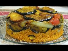 In this video I will show you how to cook Maqluba for dinner, it is iraqi food very easy and delicious and in the same time healthy food, rice with meat and . Chaldean Recipe, Iraqi Cuisine, Greek Pastries, Arabian Food, Egyptian Food, Ramadan Recipes, Vegetarian Recipes Dinner, Middle Eastern Recipes, Vegetarian Recipes