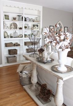 Shelf styling at it's best - love the mix of old and new finds eclecticallyvintage.com