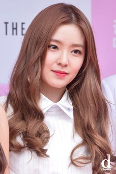 http://www.koreaboo.com/news/red-velvets-irene-freaks-out-on-joy-after-thinking-a-male-idol-touched-her-butt/
