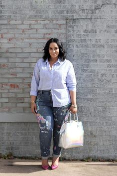 Tired of the old jeans-and-a-tee combo? Here are 35 fall-friendly jeans outfit ideas that go way beyond basic. Plus Size Blouses, Plus Size Dresses, Plus Size Outfits, Looks Plus Size, Look Plus, Plus Size Fashion For Women, Plus Size Women, Best Plus Size Jeans, Plus Zise