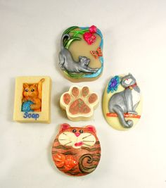 Cat Lovers Soap Gift Pack Soap Making Process, Bamboo Basket, Dark Stains, Gift Baskets, Soaps, Cat Lovers, Fragrance, Packing, Kitty