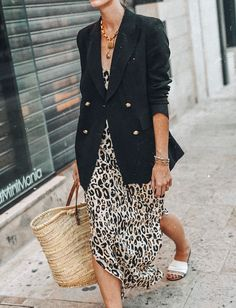 The best summer dresses of the moment, Summer Outfits, Leopard dress Summer outfit Best Summer Dresses, Summer Outfits, Dress Summer, Mode Outfits, Fashion Outfits, Fashion Trends, Look Blazer, Dress With Blazer, Black Blazer Outfits