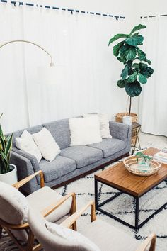 """""""Skimming through customer reviews is a must for me before making purchases such as our sofa, so I love how the site has hundreds of honest reviews."""" Platform: Glitter Guide Influencer: Sarah Litvinchuk"""