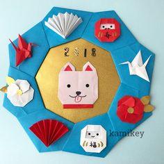 折り紙で戌年飾りのリースやしめ飾り | 創作折り紙 カミキィ Modular Origami, Origami Easy, Origami Paper, Japanese New Year, Chinese New Year, Origami Christmas Star, Japanese Origami, Arts And Crafts, Paper Crafts