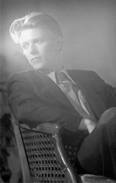 DAVID BOWIE. 1976.