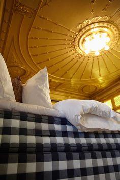 Poucas coisas há na vida que não têm preço, dormir numa cama Hästens é uma delas.