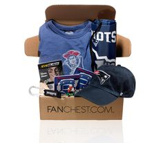 Shop New England Patriots gift boxes at Fanchest - the perfect gift for any Patriots fan. Each box is packed with licensed apparel, gear & merchandise. Diy Birthday Ideas For Him, Birthday Gifts For Boyfriend Diy, Surprise Boyfriend, Boyfriend Gifts, Patriots Football Team, New England Patriots Football, Patriots Fans, Diy Christmas Gifts For Coworkers, Unique Valentines Day Gifts