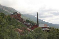 File:Kennecott AK - mining camp.jpg