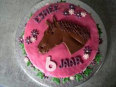 Horse cake by Vera Dolstra