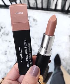 Learn About These Mac Makeup Foundation Pic# 8977 - Natural Makeup Bridal Mac Lipstick Shades, Nude Lipstick, Lipstick Colors, Mac Lipsticks, Pretty Makeup, Love Makeup, Makeup Inspo, Beauty Make-up, Flawless Makeup