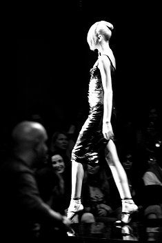 Sfilata Milano Fashion Week  Freelance photographer  Photo Services Servizi Fotografici www.erisphoto.com