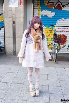 """Lavender Hair, Keisuke Kanda Tote Bag & """"Dancing in the Moonlight"""" Button in Harajuku"""