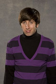 The Big Bang Theory - Howard Wolowitz played by Simon Helberg Big Bang Theory Characters, Simon Helberg, Chuck Lorre, Howard Wolowitz, Barenaked Ladies, Johnny Galecki, Jim Parsons, Comedy Tv, Por Tv