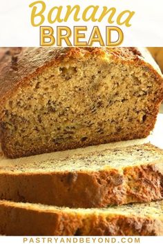 This delicious and easy banana bread is soft and moist. You'll love this simple banana bread recipe that takes only 10 minutes to prepare! Easy Banana Bread, Banana Bread Recipes, Easy Meals, Easy Recipes, Crackers, Appetizers, Yummy Food, Cookies, Simple