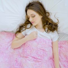 Weighted Blankets & Accessories by Mosaic Weighted Blankets Large Blankets, Ideal Body, Weighted Blanket, Pink Color, Tulle, Feminine, Mosaic, Beautiful, Usa