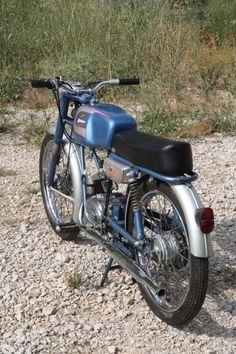 Moto Guzzi, Ducati, Motorbikes, Spanish, Nostalgia, Motorcycles, Sport, Vehicles, Mopeds