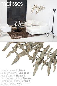 Experiencia Matisses: Si cuentas con living pequeño, optimiza el espacio con un sofá seccional, para acentos decorativos incluye una alfombra que contraste con el color del mobiliario