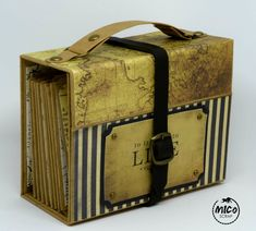 Mini álbum scrapbooking estructura maleta. Mini album suitcase scrapbooking. Mini album maleta.