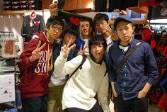 【大阪店】2014.10.30 釧路から修学旅行で来て下さいました!!5日間の旅行だそうで、大島が高校生だった頃より2日間も長い!!めちゃくちゃうらやましい><;明日から東京行くそうです!楽しんでくださいね~^^