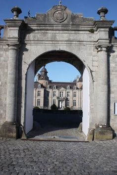 Entrada al château de Modave