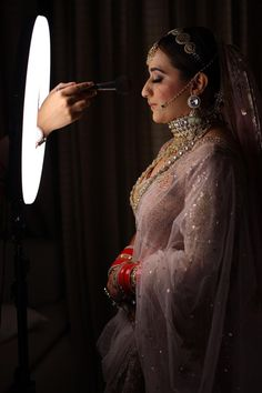 Without some creative bridal portraits, the photography session of the wedding cannot be complete. Here are the Most beautiful and unique bridal portraits ideas for weddings. #shaadisaga #indianwedding #bridalportraits #bridalportraitsindian #bridalportraitsindianbrideposes #bridalportraitsindianbridephotoshoot #bridalportraitsindianindoor #bridalportraitsindianunique #bridalportraitsindianposes #bridalportraitsindiansaree #bridalportraitsindianoutdoor #bridalportraitsindianwedding #bridephotos Wedding Couple Poses, Couple Posing, Wedding Shoot, Wedding Couples, Wedding Blog, Bride Getting Ready, Bridal Portraits, Indian Sarees, Most Beautiful