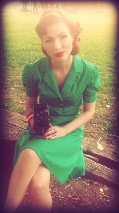40s+Style+Swing+Tea+Dress+Green+Polka+Dot+Vintage+by+BlancheOfArts