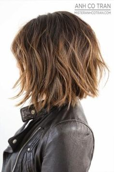 textured bob with highlights by dixie