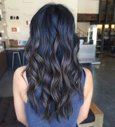 Effortless Curls with the Beachwaver in love with this beautiufl color and her perfect beach waves Side Hairstyles, Trendy Hairstyles, Wedding Hairstyles, Braided Hairstyles, Black Hairstyles, Haircuts, Long Beach Waves, Beach Wave Hair, Beach Curls