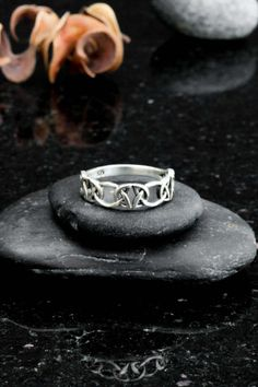 Celtic ring celtic knot ring sterling silver trinity by Elfscraft